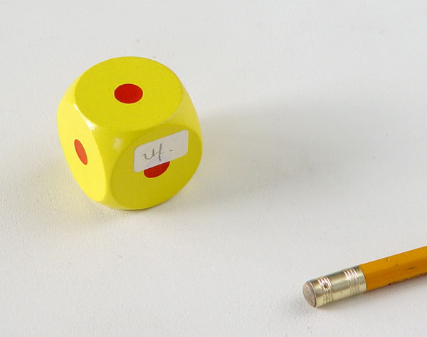 RFilliou1984-notdated-dice-pencil-as-scale600