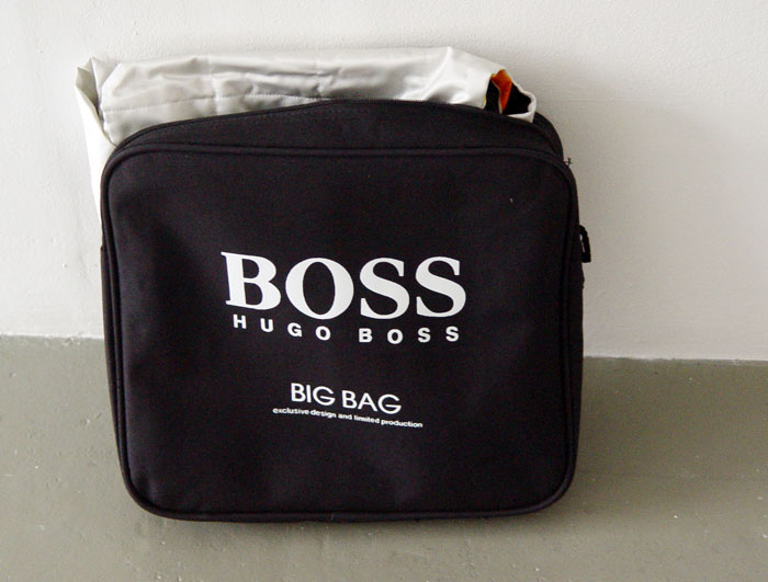 sf1999formulaonedress-bossbag700